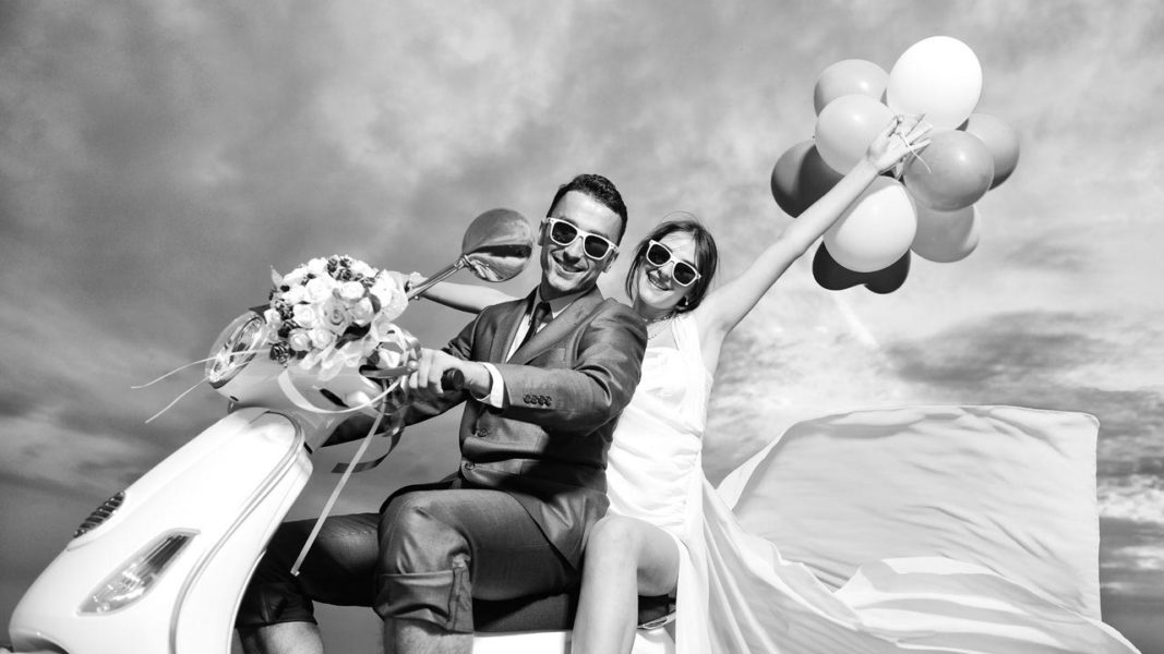 Matrimonio In Vespa : Matrimonio in vespa con living lake living lake